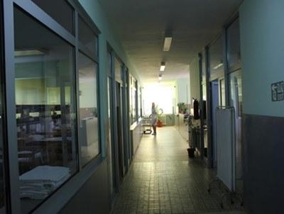 1374581244_bosna-hersekte-doboy-hastanesi-noroloji-merkezi-yenilendi-4