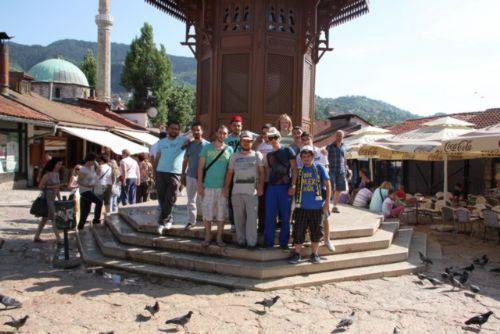 balkan-kultur-gezisi-cok-renkli-gecti-4959261_6622_o (1)