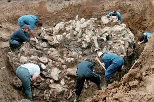 srebrenitsa-katliami-aniliyor-5890-18g